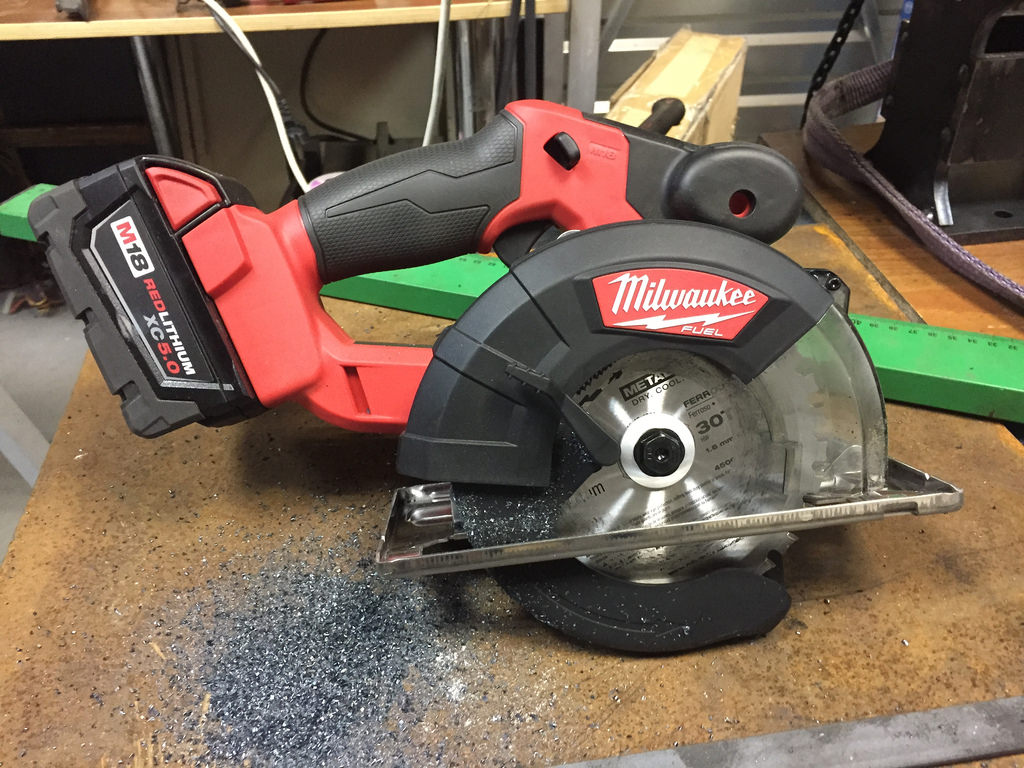 Milwauke Metal Saw 2782-20